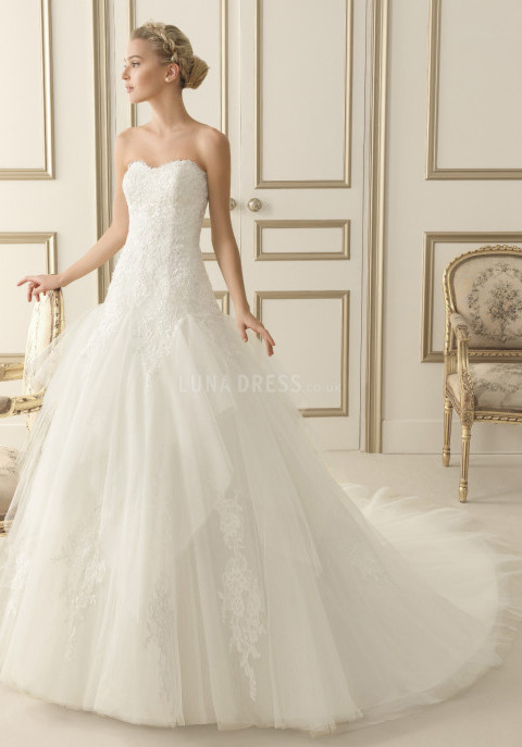 a-line-sweetheart-tulle-lace-floor-length-semicathedral-train-wedding-dress-with-ruffles_1403061816